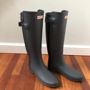Women's Size 8 Knee High Rainboots